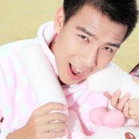 最新2012潮流情侣QQ头像,甜蜜情侣一对头像