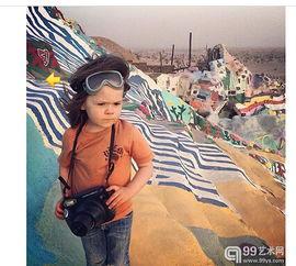 ...awkeye Huey)是一位摄影师,但是你不知道的是他是一个年仅4岁...