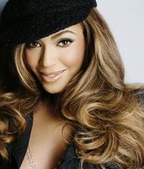 外媒评选2011年度最美金发性感女郎
