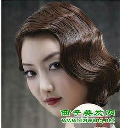 短发中式新娘造型 搭配个性斜刘海很迷人