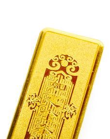 国内黄金的投资金条和老庙黄金的金条哪个好 谢谢了