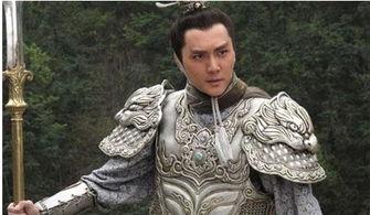 在新西游记当中,冯绍峰所饰演的二郎神与以往任何一版皆有所不同-...