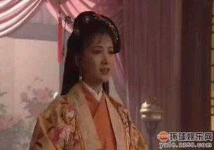 89年何晴在拍电影《女子别动队》时,与刘威擦出了火花,5年后以分...