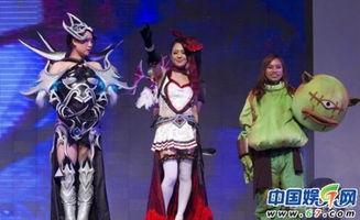 苍井空成功挤进中国娱乐市场之后便成为各个商家、活动的宠儿,在各...