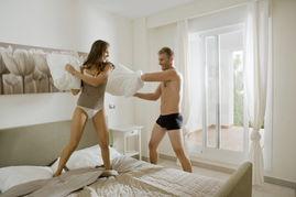 子相比,更易在性交中达到性高潮.四十多岁的夫妇,双方在性生活方...