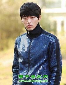 韩国演员玄彬拥有的粉丝和人气也是十分高的,这款斜刘海的蓬松黑...