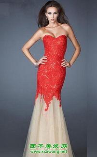 ...新娘抹胸小礼服图片推荐五,油画般的面料印在这款抹胸小礼服上,...