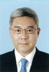 ...中央批准 尹弘同志任上海市委副书记