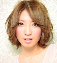 圆脸女生发型中长发,圆脸发型图片,圆脸发型-适合圆脸女生发型中...