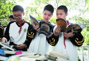 ...年级小学生热衷写小说