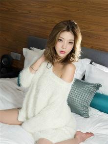 90后性感美女嫩模糖糖白色针织衫迷人身材私房照 5