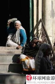 探秘 寡妇村 聆听寡妇们的心酸往事