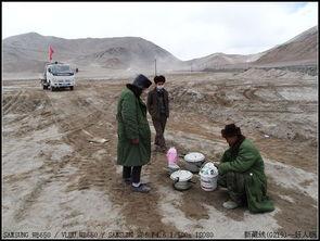 红尘路途-道路施工后 怎一个 烂 字了得   网上所查:   阿克赛钦地区,属于新疆和...