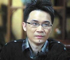博中曝光了著名小品演员蔡明的儿子丁丁的照片.丁丁已经26岁,北京...