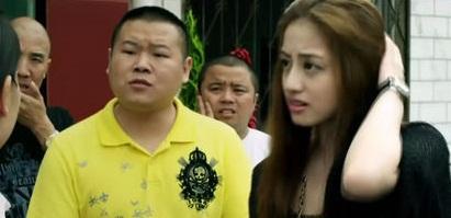 位功夫女星名叫杨青倩,在其中出演叶子这个角色.据说,杨青倩还是...