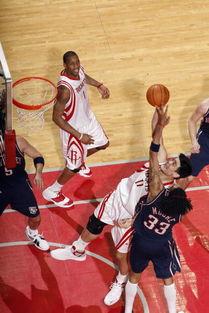 Photoshop:篮网飘逸效果设计步步进