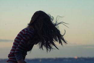 孤单心情 个性意境女生网名 单纯的世界我该如