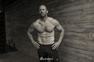 50岁美国男星杰森 强悍身体显雄性荷尔蒙气质