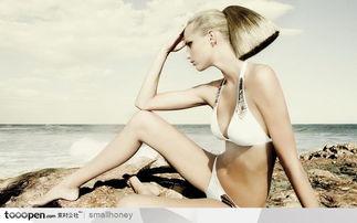 火辣辣的漂亮美女图片素材 海边人泳装的休闲