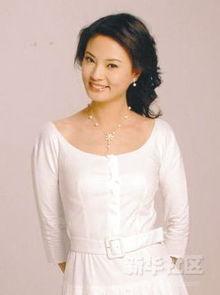 白色清纯-央视女主播黑白装极致PK