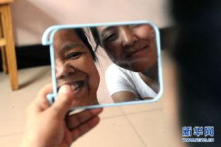 孟佩杰-山西临汾 最美女孩 带养母上大学
