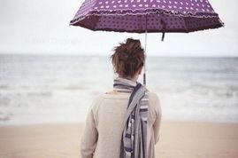 ...因为爱一个人除了爱他的优点,也更要爱他的缺点.-玩腻了...