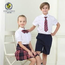 夏季学生校服中学生
