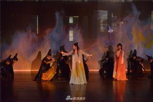 ...术中心的歌剧厅盛大公演,揭开了它的神秘面纱.作为剧中唯一的...