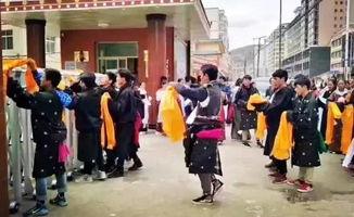 高考结束后,藏区的孩子在做什么