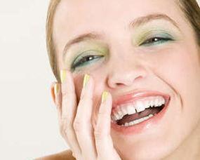 清除牙髓,即在牙齿中央的微小线状组织.一旦把受损、患病或坏死的...