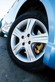 ...景逸选择了一款三菱4G93型号的全铝发动机,排量为1.8 L.这款三...