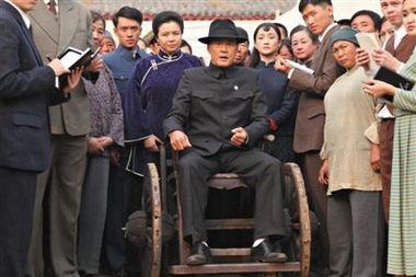 ...演的县长朱豪三在民国时期有原型.-还是那片高粱地郑晓龙如何种出...