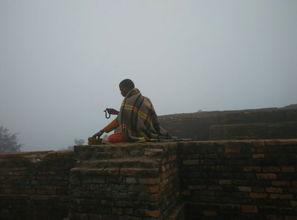 ... 央掘摩罗塔 佛陀大神变纪念塔等撷影