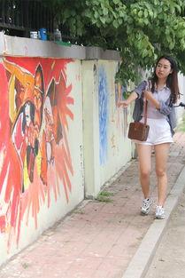 长春大学个性毕业涂鸦墙 为学哥学姐送行