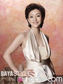 凤凰卫视主持人杨澜(资料图片)-美女主播性格大揭秘 6