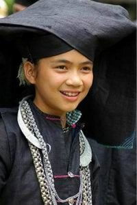 唐獠-壮族是一个古老的民族,先秦时期,壮族的先民就生活在中国的南方,...