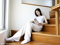 看杂志美女图片