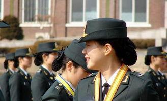 据朝鲜日报12月18日报道,韩国海军一名女副士官说: