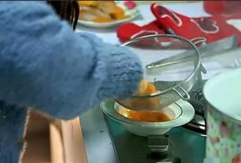 萌萌哒的南瓜小熊饼 送人或给宝宝吃都非常不错
