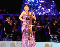 上海轻音乐团现场助阵表演提琴重奏-2010中国海南七仙形象小姐选拔...
