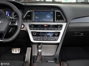 屏集成了导航、影音、倒车影像等多项功能,全新途胜还兼容百度Car ...