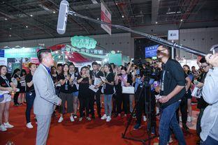 艾丝拉美牙仪 2017上海美博会的焦点