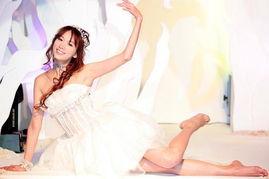 7月4日最美女星 林志玲露美腿翩然起舞宛若仙子
