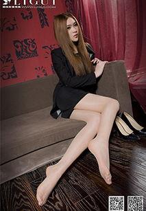 ...气质美女小颖白丝袜的诱惑写真图片 第17页 丝袜美女 优优美图
