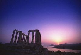 苏那罗的圣塔-10.苏纽海角波赛东海神的殿堂   沿着美丽的萨罗尼克湾到达距雅典68公...