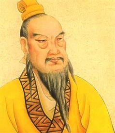 个叫做叔孙通的儒生是个灵活人,回答说不一定拘泥于古人烦琐的礼制...