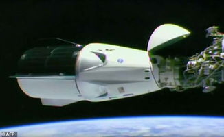 美国新型宇宙飞船 龙2 Dragon 2 成功与国际空间站对接