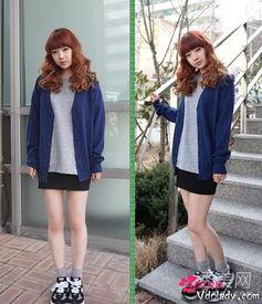 内射小嫩穴32p-蓝色开衫+灰色T恤+包臀裙   蓝色针织开衫,很简单春天也非常适合呢...