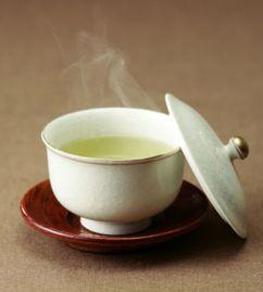 喝绿茶的好处和坏处