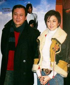 讲述中年女性婚姻、情感危机的影片《做头》昨天在京举行首映式,...